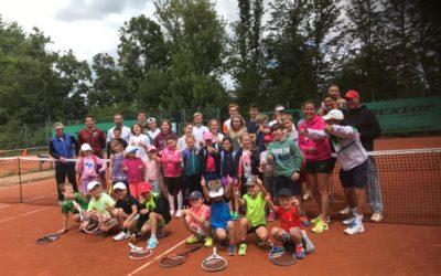 Die Sommercamps der Tennis Academy Zahraj&Zahraj haben bei bester Laune begonnen